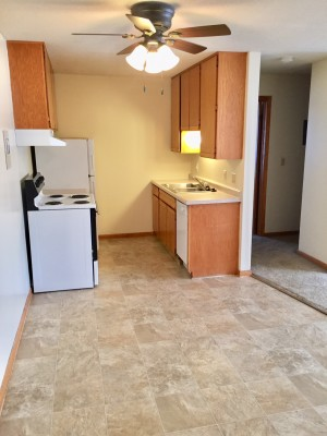 Apartment Rental Pictures And Renter And Auto Insurance Tip Glenwood Terrace 2 Br Available In