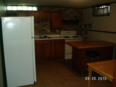 Apartment Rental Pictures And Renter And Auto Insurance Tip One Bedroom Utilities Included In