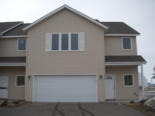 3 Bdrm 2 1 2 Bath Townhome Now Or 4 1 In North Mankato