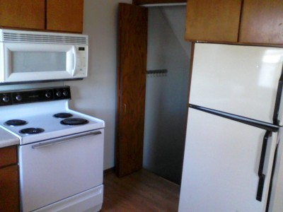 Apartment Rental Pictures And Renter And Auto Insurance Tip 2 Bedroom 3 Level Condo Rent To