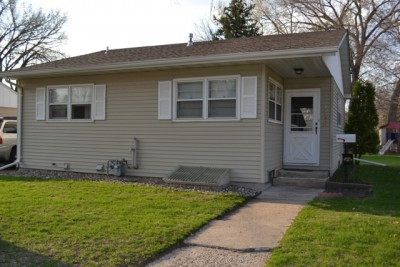 3 Bedroom 2 Bath House Near Spring Lake Park In North