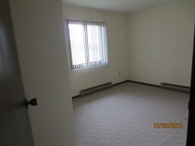 Apartment Rental Pictures And Renter And Auto Insurance Tip Drive A Little Save A Lot In